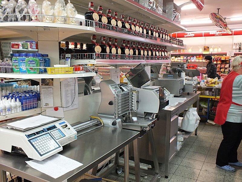 Moderne Maschinen für die schnelle und hygienische Verarbeitung