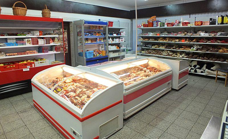 Haushaltwaren, Kühltruhen und Kühlregale